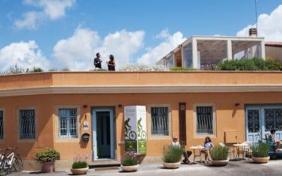Hotel Sinis Fassade Haus 1 (1)